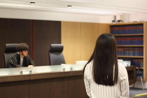 MTrial9 - Year 12 students take part in human rights workshop and mock trial